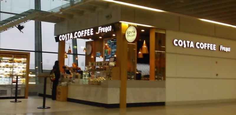 Restaurants, bars, self-service cafes: COSTA COFFEE FRESCO. Chopin Airport, Warsaw