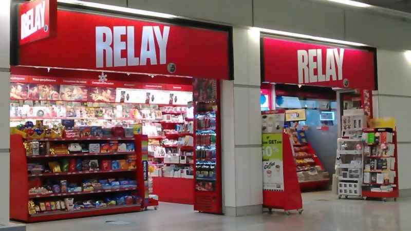 Shops at the Chopin Airport: Relay